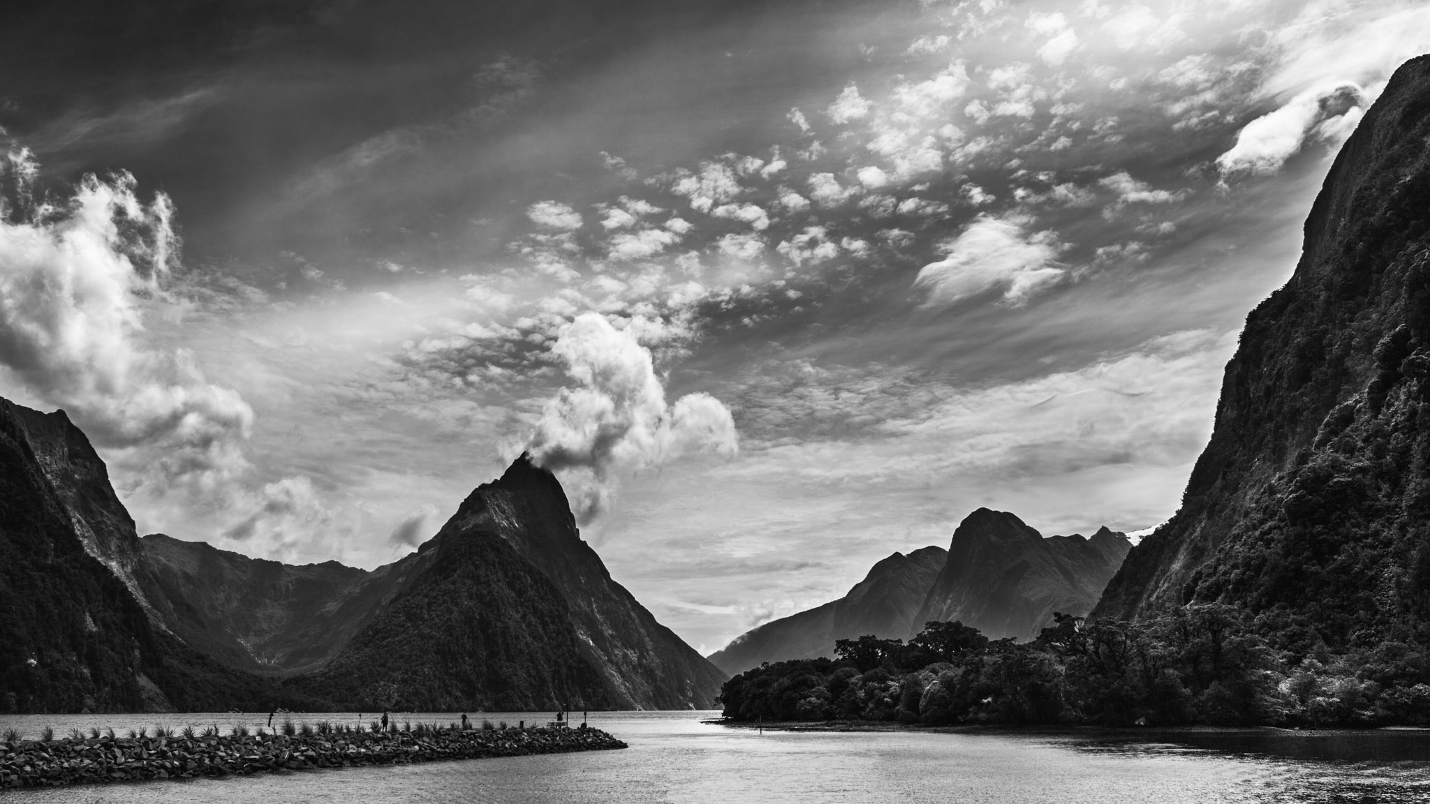 Milford Sounds-Sarah Galvan Photographe