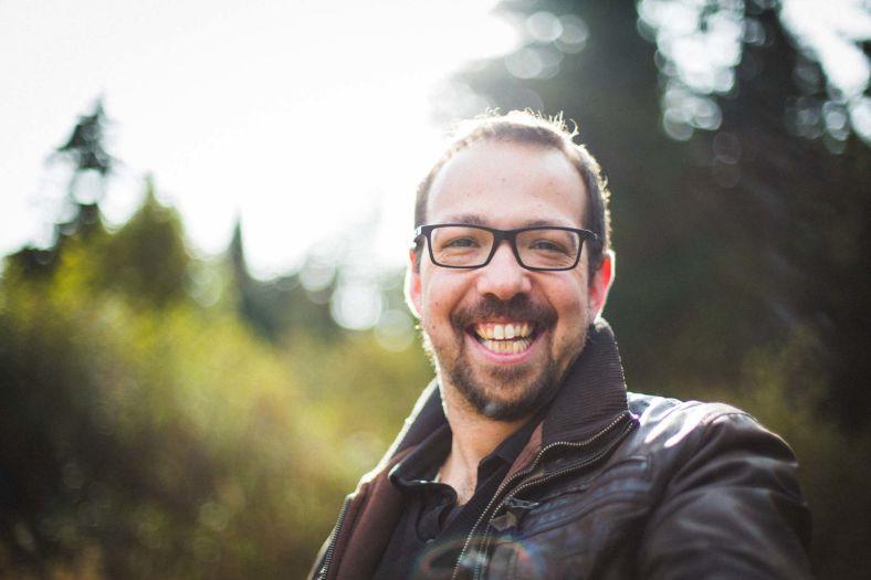 Portrait de Jeremy Guillaume photographe_SarahGalvanPhotographe